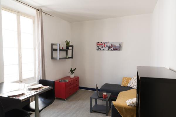 Appartement 2 piéces meublé et équipé quartier gare/arénes disponible au 01 juin 2021