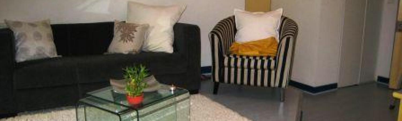 Appartement 2 pièces meublé disponible du 20 juin 2021 à mi août prés du lycée Daudet et de la gare SNCF